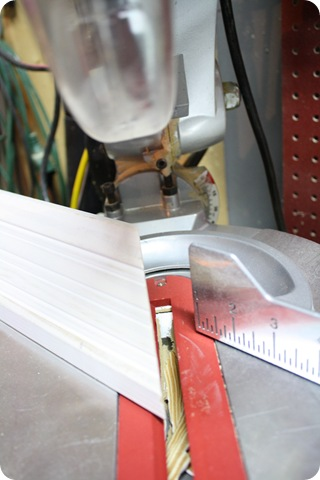 how to cut crown on saw